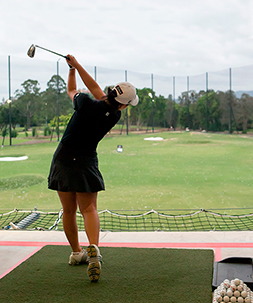woman-driving-range